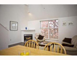 Photo 3: 3178 4TH Ave in Vancouver West: Kitsilano Home for sale ()  : MLS®# V764392