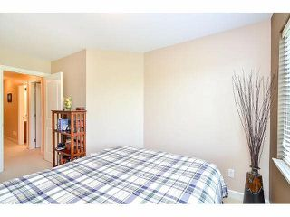 "Photo 15: 18 6238 192ND Street in Surrey: Cloverdale BC Townhouse for sale in ""BAKERVIEW TERRACE"" (Cloverdale)  : MLS®# F1420554"