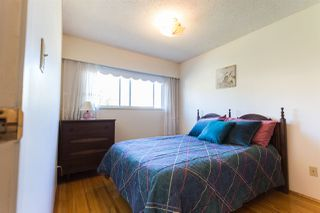 Photo 8: 5427 NEVILLE STREET in Burnaby: South Slope House for sale (Burnaby South)  : MLS®# R2108235