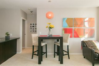 Photo 3: 2205 1001 HOMER STREET in Vancouver: Yaletown Condo for sale (Vancouver West)  : MLS®# R2136760