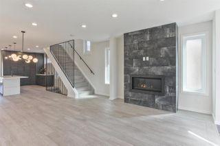 Photo 5: 7628 92 AV NW NW in Edmonton: Zone 18 House for sale : MLS®# E4152762
