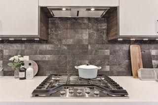 Photo 11: 7628 92 AV NW NW in Edmonton: Zone 18 House for sale : MLS®# E4152762