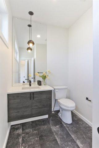 Photo 15: 7628 92 AV NW NW in Edmonton: Zone 18 House for sale : MLS®# E4152762