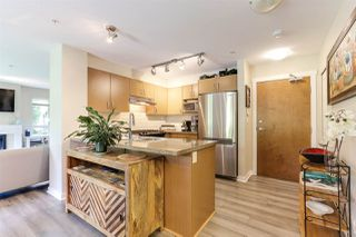 """Photo 7: 106 3105 LINCOLN Avenue in Coquitlam: New Horizons Condo for sale in """"LARKIN HOUSE EAST"""" : MLS®# R2394545"""