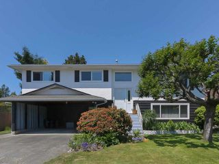 "Main Photo: 5399 WELLBURN Drive in Delta: Hawthorne House for sale in ""VICTORY SOUTH"" (Ladner)  : MLS®# R2396846"