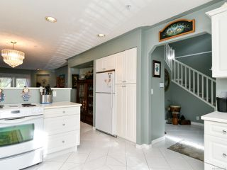 Photo 4: 5 391 ERICKSON ROAD in CAMPBELL RIVER: CR Willow Point Row/Townhouse for sale (Campbell River)  : MLS®# 825497