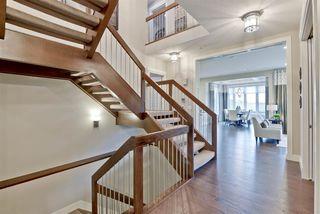 Photo 3: 17817 9A Avenue in Edmonton: Zone 56 House for sale : MLS®# E4175635