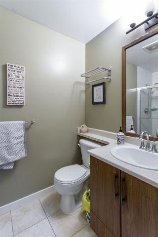 Photo 12: 421 12350 Harris Road in Pitt Meadows: Mid Meadows Condo for sale : MLS®# R2438506