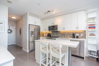 """Photo 5: 1210 11967 80 Avenue in Delta: Scottsdale Condo for sale in """"Delta Rise"""" (N. Delta)  : MLS®# R2450257"""