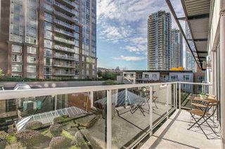 "Photo 8: PH8 1163 THE HIGH Street in Coquitlam: North Coquitlam Condo for sale in ""Kensington Court"" : MLS®# R2452327"