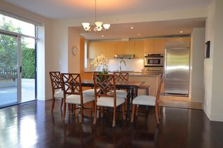 Photo 2: 110 5958 IONA Drive in Vancouver: University VW Townhouse for sale (Vancouver West)  : MLS®# R2456970