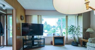 Photo 4: 12026 45 Street in Edmonton: Zone 23 House for sale : MLS®# E4204062