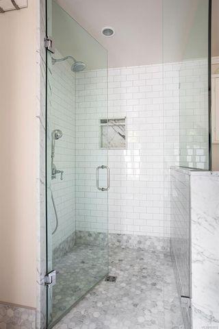 Photo 17: 1036 Deal St in : OB South Oak Bay Single Family Detached for sale (Oak Bay)  : MLS®# 853933