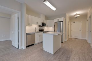 Photo 3: 904 13317 115 Avenue in Edmonton: Zone 07 Condo for sale : MLS®# E4219600