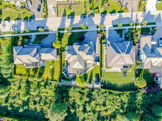 """Photo 40: 3425 164A Street in Surrey: Morgan Creek House for sale in """"Wills Brook at Morgan Greek"""" (South Surrey White Rock)  : MLS®# R2526551"""