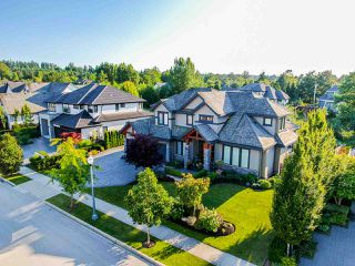 """Photo 2: 3425 164A Street in Surrey: Morgan Creek House for sale in """"Wills Brook at Morgan Greek"""" (South Surrey White Rock)  : MLS®# R2526551"""