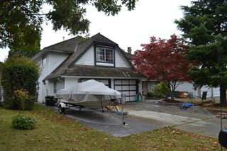 "Photo 3: 14468 18A Avenue in Surrey: Sunnyside Park Surrey House for sale in ""The Glens"" (South Surrey White Rock)  : MLS®# F1225801"