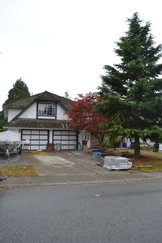 "Photo 2: 14468 18A Avenue in Surrey: Sunnyside Park Surrey House for sale in ""The Glens"" (South Surrey White Rock)  : MLS®# F1225801"