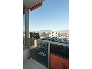 "Photo 5: 606 250 E 6TH Avenue in Vancouver: Mount Pleasant VE Condo for sale in ""THE DISTRICT"" (Vancouver East)  : MLS®# V983963"
