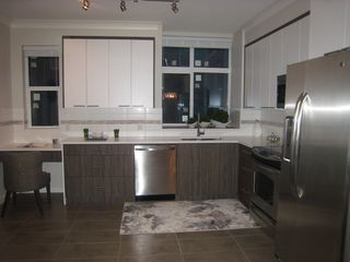 Photo 2: 206 7533 Gilley Avenue in Burnaby: South Slope Townhouse for sale (Burnaby South)
