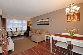 """Photo 3: 206 436 7 Street in New Westminster: Uptown NW Condo for sale in """"REGENCY COURT"""" : MLS®# V989182"""