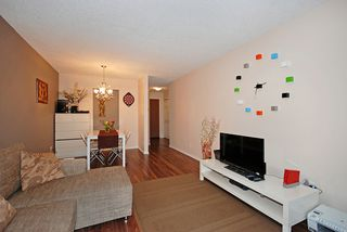 """Photo 5: 206 436 7 Street in New Westminster: Uptown NW Condo for sale in """"REGENCY COURT"""" : MLS®# V989182"""