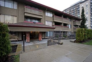 """Photo 10: 206 436 7 Street in New Westminster: Uptown NW Condo for sale in """"REGENCY COURT"""" : MLS®# V989182"""