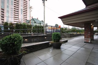 """Photo 12: 206 436 7 Street in New Westminster: Uptown NW Condo for sale in """"REGENCY COURT"""" : MLS®# V989182"""
