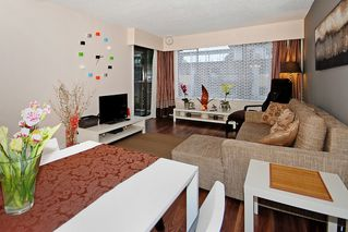 """Photo 7: 206 436 7 Street in New Westminster: Uptown NW Condo for sale in """"REGENCY COURT"""" : MLS®# V989182"""