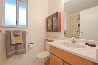 Photo 11: 21421 88B Avenue in Langley: Walnut Grove House for sale : MLS®# F1303840
