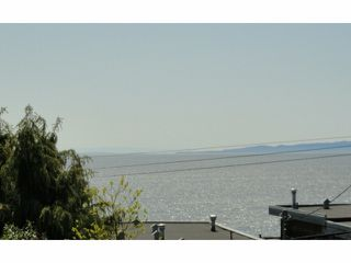 Photo 9: 15372 VICTORIA AV: White Rock House for sale (South Surrey White Rock)  : MLS®# F1309608