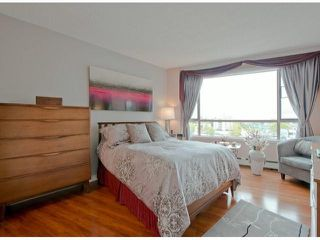 Photo 6: 809 15111 RUSSELL Avenue: White Rock Condo for sale (South Surrey White Rock)  : MLS®# F1312182