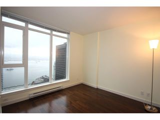 Photo 6: # 2801 1188 W PENDER ST in Vancouver: Coal Harbour Condo for sale ()  : MLS®# V858468