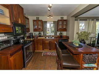 """Photo 11: 5255 4TH Avenue in Tsawwassen: Pebble Hill House for sale in """"PEBBLE HILL"""" : MLS®# V1016164"""