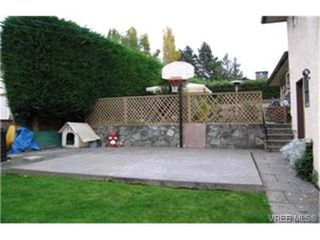 Photo 9:  in VICTORIA: SE High Quadra Single Family Detached for sale (Saanich East)  : MLS®# 379913