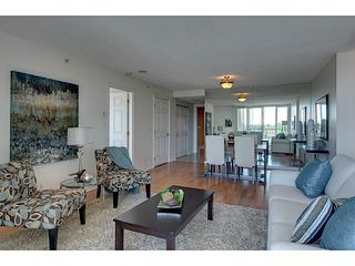 Photo 5: # 901 10 LAGUNA CT in New Westminster: Quay Condo for sale : MLS®# V1075024
