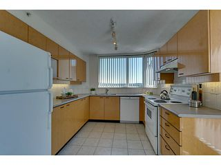 Photo 7: # 901 10 LAGUNA CT in New Westminster: Quay Condo for sale : MLS®# V1075024