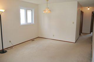 Photo 3: 58 McGill Place in Winnipeg: Fort Richmond Single Family Detached for sale (South Winnipeg)  : MLS®# 1419902