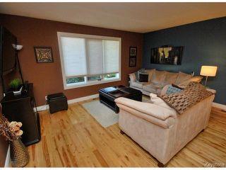 Photo 3: 210 Carson Park Drive in LORETTE: Dufresne / Landmark / Lorette / Ste. Genevieve Residential for sale (Winnipeg area)  : MLS®# 1419936