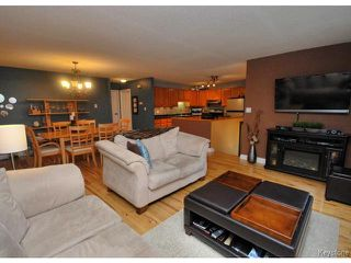Photo 4: 210 Carson Park Drive in LORETTE: Dufresne / Landmark / Lorette / Ste. Genevieve Residential for sale (Winnipeg area)  : MLS®# 1419936