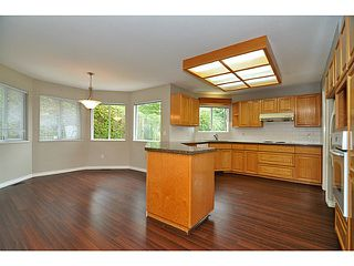 Photo 9: 2910 KALAMALKA DR in Coquitlam: Coquitlam East House for sale : MLS®# V1070724