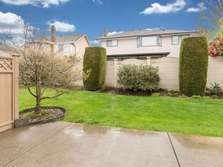 Photo 17: 104-6082 W. Boundary Drive in Surrey: Panorama Ridge Townhouse for sale : MLS®# r2052148