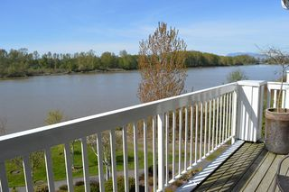 Photo 20: 302 6263 RIVER ROAD in Delta: East Delta Condo for sale (Ladner)  : MLS®# R2261893