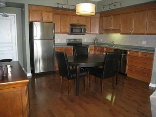 Photo 5: #801 10319 111 ST: Edmonton Condo for sale : MLS®# E3425906