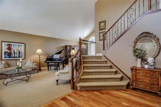 Photo 2: 74 SHAWNEE CR SW in Calgary: Shawnee Slopes House for sale : MLS®# C4226514