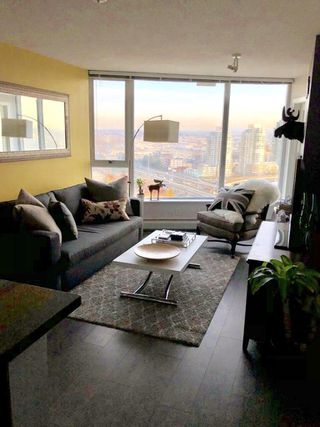 Photo 4: 2509-688 Abbott Street in Vancouver: Downtown PG Condo for sale (Vancouver West)
