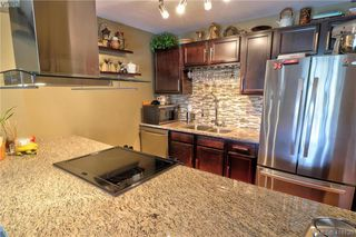 Photo 5: 508 1433 Faircliff Lane in VICTORIA: Vi Fairfield West Condo Apartment for sale (Victoria)  : MLS®# 416130