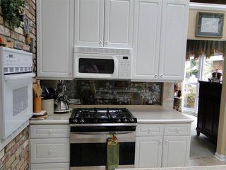Photo 4: 14004 47 Avenue in Edmonton: Zone 14 House for sale : MLS®# E4185286