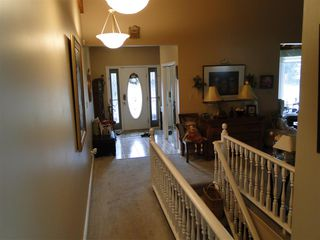 Photo 3: 14004 47 Avenue in Edmonton: Zone 14 House for sale : MLS®# E4185286