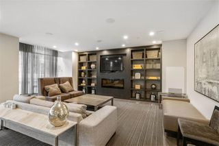 """Photo 15: 616 1372 SEYMOUR Street in Vancouver: Downtown VW Condo for sale in """"The Mark"""" (Vancouver West)  : MLS®# R2431692"""